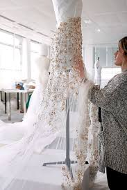 design your wedding dress tips when you want to design your wedding dress bodas and quinces