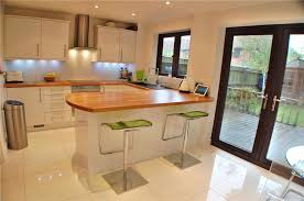 kitchen diner ideas combine the kitchen with the dining to obtain space for