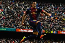 alexis sanchez early life alexis sanchez s arsenal transfer from barcelona confirmed for