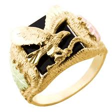 Black Hills Gold Wedding Rings by Mt Rushmore 10k Black Hills Gold Men U0027s Eagle Ring W Onyx