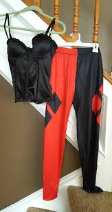 bustier halloween costumes dc comics harley quinn black red pants corset bustier halloween