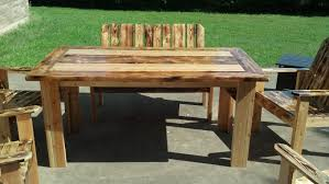 Build Outdoor Garden Table by How To Build Patio Furniture Peeinn Com