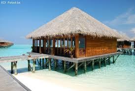 chambre sur pilotis maldives guide atoll addu le guide touristique pour visiter atoll addu et