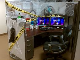 ideas for decorating your office for halloween spooky cubicle