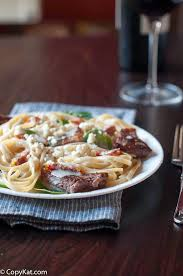 olive garden family meals olive garden steak gorgonzola alfredo copycat recipe