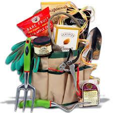 garden gift basket classic gardening gift basket by gourmetgiftbaskets