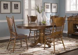 Pedestal Oak Table And Chairs Nostalgia Oval Sunburst Pedestal Table 5 Piece Dining Set In