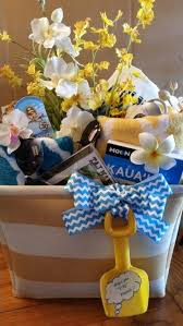 honeymoon shower gift ideas 21 best my diy gifts gift baskets etc images on
