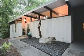 mid century modern landscaping front yard landscape and plants