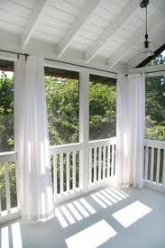 Screened In Porch Decor Best 25 Screened In Porch Ideas On Pinterest Screened In Deck