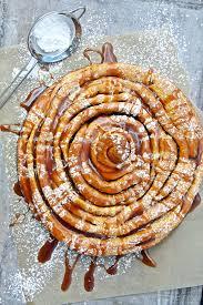 giant carrot cake roll mit apfelkaramell aus mara s sweet goodies