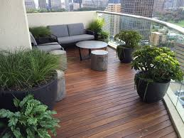 Garden In Balcony Ideas Lush Balcony Garden To Design Landscaping And Gardening Along With
