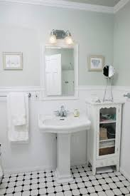 Vintage Bathroom Ideas Best 25 Small Vintage Bathroom Ideas On Pinterest Small Style
