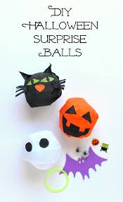 hello wonderful 12 cute non candy halloween favors for kids