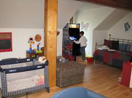 6 bed kid friendly tub 2 indoor jacuzzi tubs game room gourmet