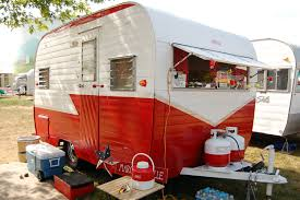 Awning For Travel Trailer Vintage Aloha Trailer Pictures And History From Oldtrailer Com