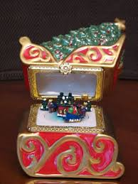 44 best oh mr christmas images on pinterest music boxes