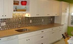 cuisiniste annemasse cuisiniste reims cuisine design blanc brillant et bois meilleur