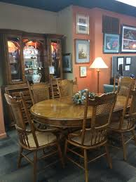 best paint for dining room table 1000 ideas about paint dining elba round dining table room furniture thomasville dining room thomasville dining room set w 6 chairs 2 leaves buffet