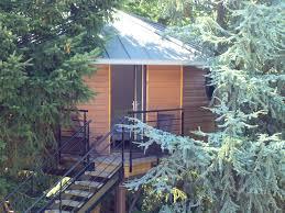 chambre d hote cabane dans les arbres chambre d hôtes le nid la cabane cabane port père pornic