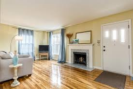Laminate Flooring Chesterfield 830 S Chesterfield Rd Columbus Oh 43209 Mls 217001132 Redfin