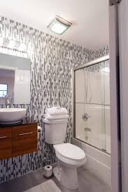 Striped Wallpaper Bathroom A Great Alternative To The Vertical Striped Wallpaper Is Stunning