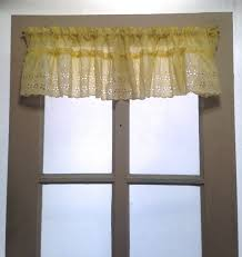 Soft Yellow Curtains Designs Soft Yellow Cafe Valance White Yellow Eyelet By Lisaliyesteryears