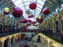 Christmas Decorations Online Ireland by Christmas Decorations At Covent Garden Pam Fray Cc By Sa 2 0