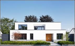 windschutz balkon plexiglas windschutz fr balkon aus plexiglas balkon house und dekor