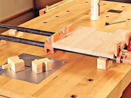 Woodworking Plans And Projects Magazine Back Issues by Pipe Clamp Risers With A Little Help From Your Bench Dogs These