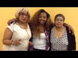 the cast of t i tiny the family hustle visit lake s
