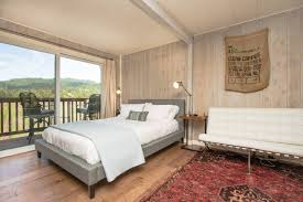 Keetsa Bed Frame by Cozy Russian River Vineyard Cottage Houses For Rent In