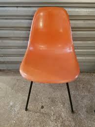 Esszimmerst Le Deutscher Hersteller Polychrome Stühle Von Charles U0026 Ray Eames Für Herman Miller
