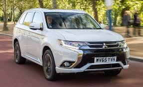 expander mitsubishi interior new 2017 mitsubishi outlander phev provide maximum performance