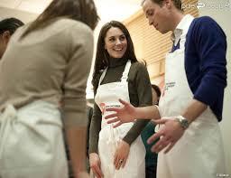 cours de cuisine londres en tablier pour un cours de cuisine kate a préparé un gâteau d