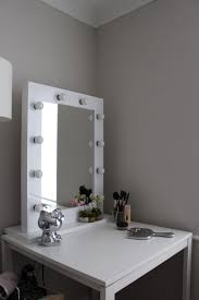 table enchanting bedroom mirror with lights pierpointsprings com