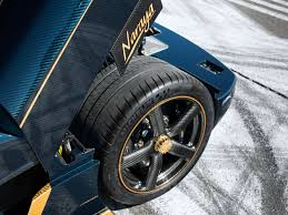 koenigsegg agera rs draken the koenigsegg agera rs naraya is gold leaf trimmed supercar
