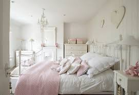 20 shabby chic bedroom ideas