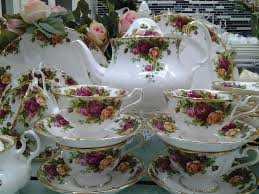 2767 best country roses images on royal albert