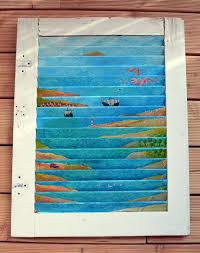 Upcycling Old Windows - recycling old wooden doors and windows for home decor