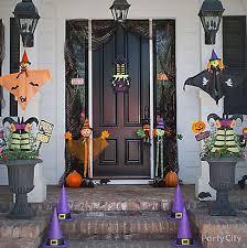 Outdoor Halloween Decorations Discount by Kid Friendly Halloween Decorating Party City Halloween