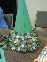 project paper curl christmas tree the mops crafts blog