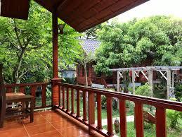 hollywood banana bungalow home design inspirations