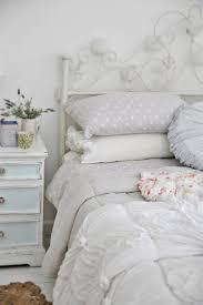deco chambre blanche chambre blanche en 65 idées de meubles et décoration shabby