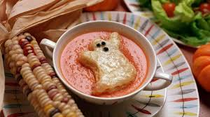 24 spooky halloween snacks for the kids including a graham