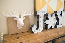 Deer Decor For Christmas by Diy Deer Decor Idea For The Holidays Crafts Unleashed