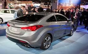 2013 hyundai elantra coupe first look 2012 chicago auto show