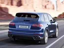 porsche cayenne 2015 2015 porsche cayenne refreshed adds in hybrid kelley blue book