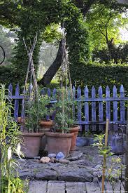 deco de charme un jardin auvergnat moderne et de caractère détente jardin