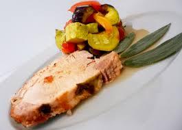 cuisiner la ratatouille rôti de porc sauge et ratatouille au four la recette facile par